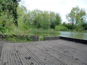 Platts Lane Fishing Lake - fishing peg